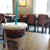 Photo taken at Starbucks by Dyclez J. on 6/13/2013