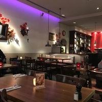 Das Foto wurde bei Studer's Speisewirtschaft & Bar von Udo J. am 11/8/2017 aufgenommen