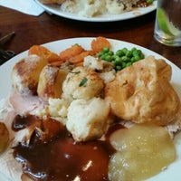 Photo taken at Toby Carvery by Marcia G. on 10/13/2015