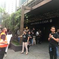 Foto tirada no(a) Hillsong São Paulo por Jean Carlo R. em 10/29/2017