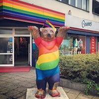 Das Foto wurde bei Brunos - Gay Shopping World von Nino S. am 3/24/2014 aufgenommen