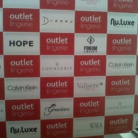 Photo taken at Outlet Lingerie by Leiliane R. on 11/12/2013