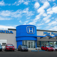 Photo taken at Mike Piazza Honda by Mike Piazza Honda on 5/31/2017