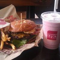 Photo taken at Epic Burger by Sithfredo R. on 6/21/2013