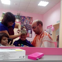 Photo taken at СТРИЖка-МАЛЫШка, парикмахерская для детей by Ol'ga F. on 9/6/2013