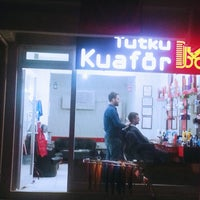 Photo taken at tutku erkek kuaförü by ferhat g. on 10/6/2015