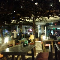 10/9/2012 tarihinde Alexander M.ziyaretçi tarafından Beer Point'de çekilen fotoğraf