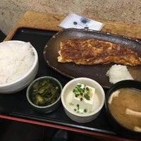 Photo taken at 焼魚食堂 魚角 学芸大学店 by koku y. on 2/24/2017