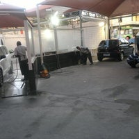 Photo taken at LF Car Wash by Fábio d. on 9/26/2012