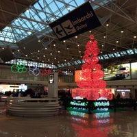 Photo taken at Leonardo da Vinci–Fiumicino Airport (FCO) by Brunella on 12/10/2014