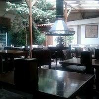 6/15/2013 tarihinde Nilay D.ziyaretçi tarafından Cafe Cafe'de çekilen fotoğraf