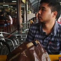Photo taken at kedai makan bawah bumbung by Sara B. on 5/3/2014