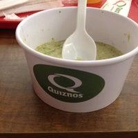 Foto tirada no(a) Quiznos por Avani R. em 7/15/2014