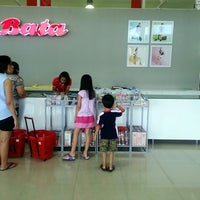 Photo taken at Bata Outlet by Wasara R. on 5/13/2014