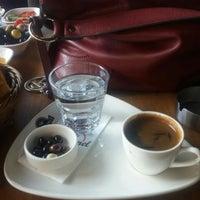 Das Foto wurde bei Coffee Caramel von Fatma A. am 4/11/2016 aufgenommen