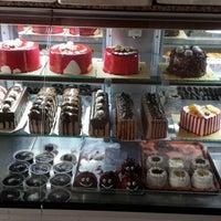 Photo taken at Beyzade Pasta Cafe by Bahar K. on 5/14/2014