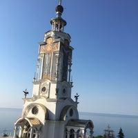 Photo taken at Церковь-маяк Святого Николая Мирликийского by Korotaeva O. on 8/14/2018