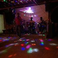 Foto tirada no(a) Restaurante Parada de Taipas por Mariana G. em 7/27/2014