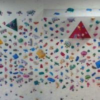 Photo taken at Bouldering Box Eearth by meeka m. on 8/21/2013