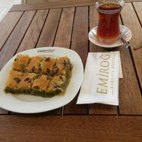 Photo taken at Emiroğlu Baklava by Emir Ö. on 7/5/2016