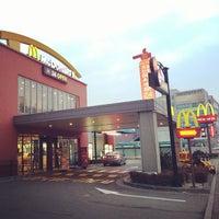 Photo taken at McDonald's by Julian J. on 1/17/2014