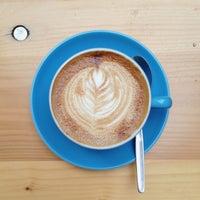 Das Foto wurde bei Concierge Coffee von Tho K. am 10/8/2013 aufgenommen