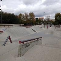 9/24/2016 tarihinde Anna F.ziyaretçi tarafından Скейт-парк «Садовники»'de çekilen fotoğraf