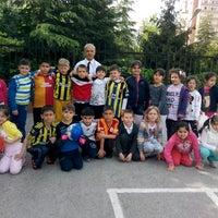 Photo taken at Medeni Berk İlkokulu by Mustafa G. on 4/17/2014