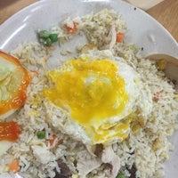 Photo taken at Bakti Restoran by jemie w. on 11/28/2015