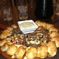 Photo taken at Pizza Hut by Remy S. on 7/22/2013