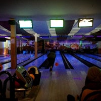 Photo taken at Bowling XXL by Harry on 1/26/2013
