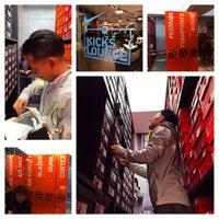 Photo taken at Nike Kicks Lounge by Robert W. on 11/29/2013