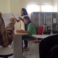 Photo taken at Pascasarjana Linguistik UNSRAT by Megumi O. on 4/10/2013