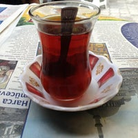 Photo taken at Çaycı Hikmetin Yeri by Ferdi O. on 7/13/2013