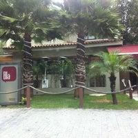 Foto tirada no(a) Blá Bar por Vivi Z. em 12/7/2012