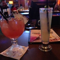 Photo taken at Applebee's Neighborhood Grill & Bar by Flaco R. on 12/15/2013
