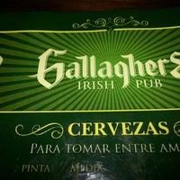 9/5/2013 tarihinde Rodrigo G.ziyaretçi tarafından Gallaghers Irish Pub'de çekilen fotoğraf