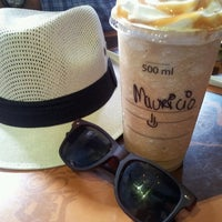 Photo taken at Starbucks by Jose Mauricio E. on 7/7/2013