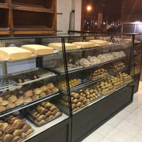 Photo taken at New Master's Bakeshop by Rhoi R. on 6/21/2017