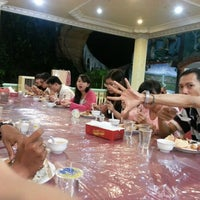 Photo taken at Fresh Resto by Apriliani Indah L. on 7/7/2013
