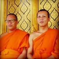 Photo taken at วัดสุวรรณารามวรวิหาร by Teerawat R. on 5/25/2015