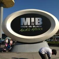 Photo taken at MEN IN BLACK: Alien Attack by Vero R. #. on 1/25/2013
