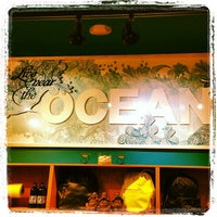 Photo taken at lululemon athletica by Ben P. on 8/23/2013
