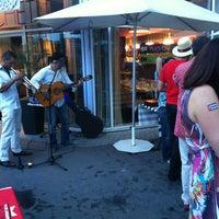 Photo taken at Café Gauchet by Alex R. on 7/18/2013