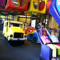 Photo taken at Chuck E. Cheese's by Shawn Ta E. on 12/17/2013