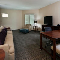 Foto tomada en Embassy Suites by Hilton Denver Downtown Convention Center por Gracie M. el 7/22/2013
