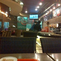 Photo taken at Dunkin Donuts by Aditya G. on 4/7/2013