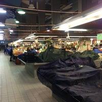 Foto scattata a Mercato Coperto da Danil K. il 11/30/2012