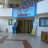 Photo taken at Fakultas Teknologi Informasi by Maurinchia Kaipatty M. on 8/22/2013