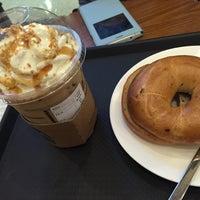 Photo taken at Starbucks by Jinyoung J. on 9/13/2015